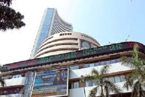 Sensex, Nifty fall ahead of Budget amid global weakness; ONGC falls 4.6%